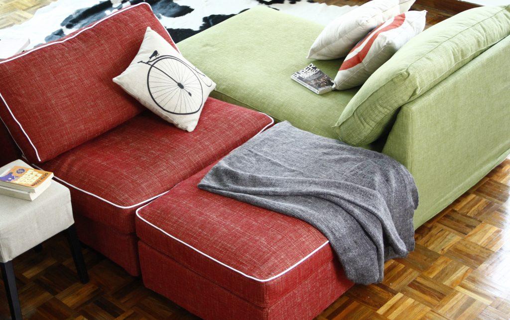 ikea-kivik-chaise-longue-reposapies-tela-nomad-red-green-ribete-contraste