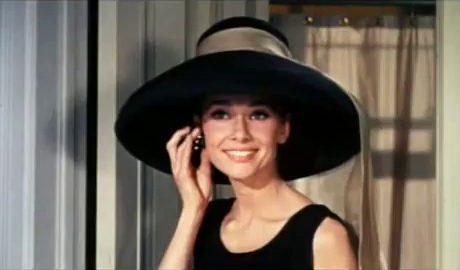 audrey-hepburn-tiffanys-hat