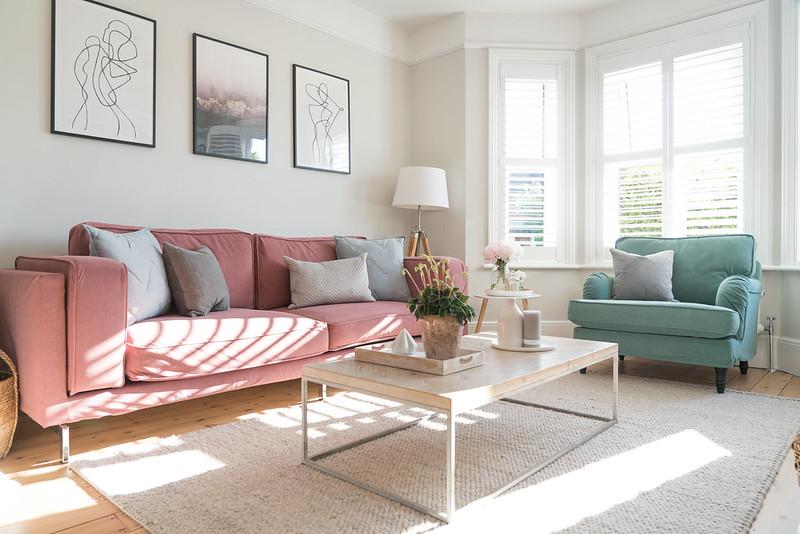 Sofabezüge in Rosa und Hellgrün