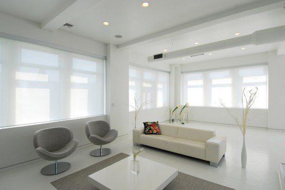 minimalistisches eingerichtetes Wohnzimmer