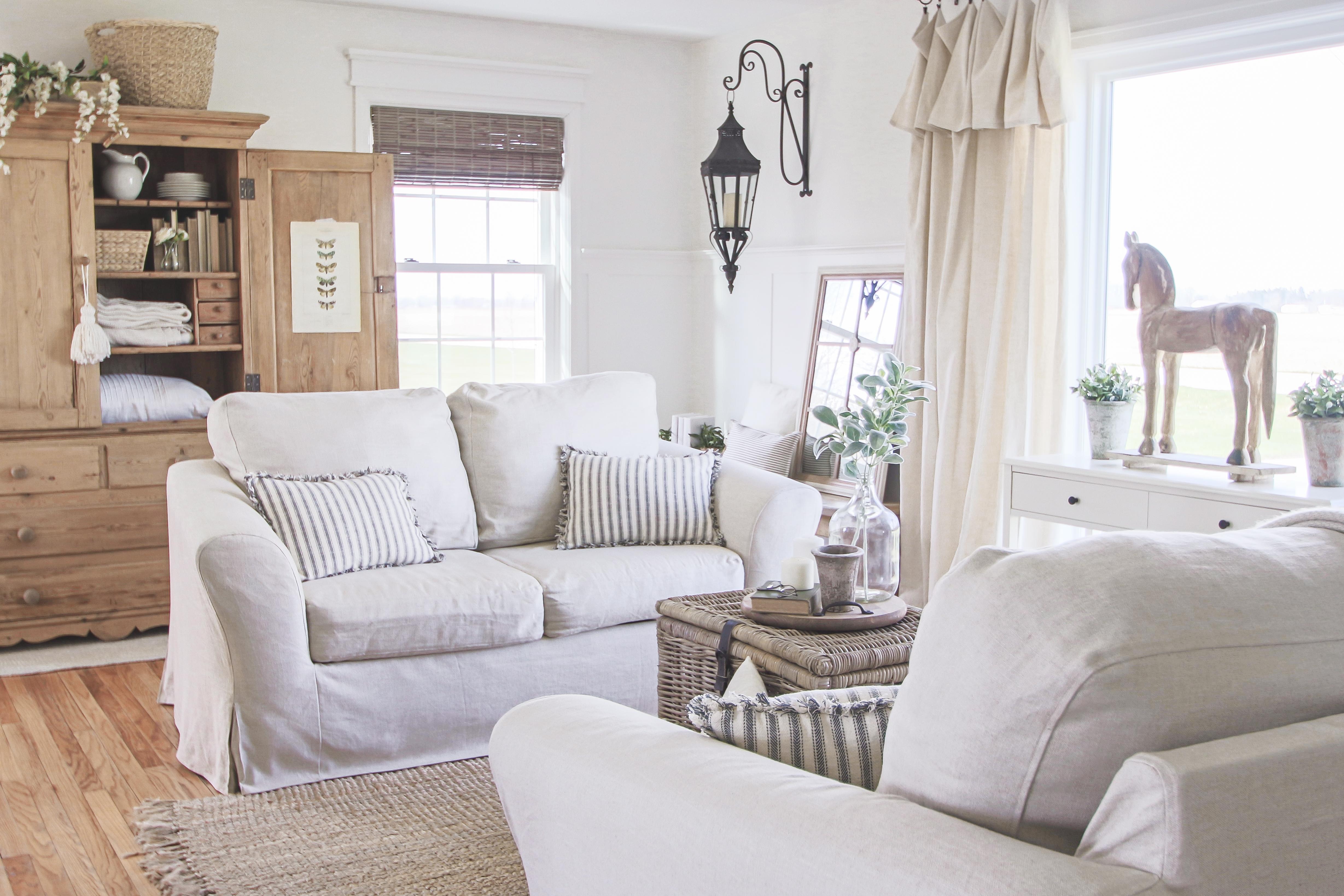 Maßgeschneiderte und bodenlange Bezüge für jedes Sofamodell – Einfach Online zu bestellen