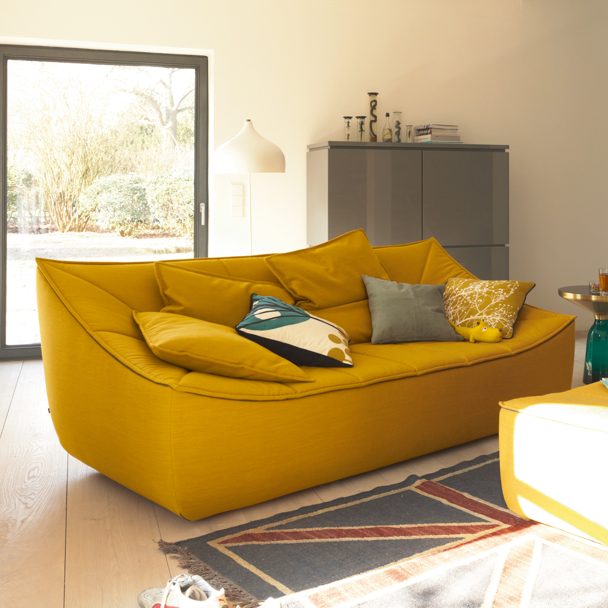 What does your sofa say about your personality for Channel 10 living room catch up