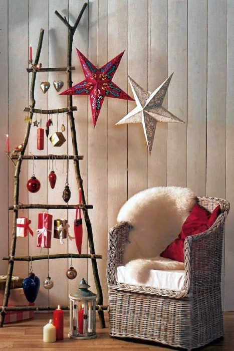 Country living married to nature with this Wooden Ladder Christmas Tree