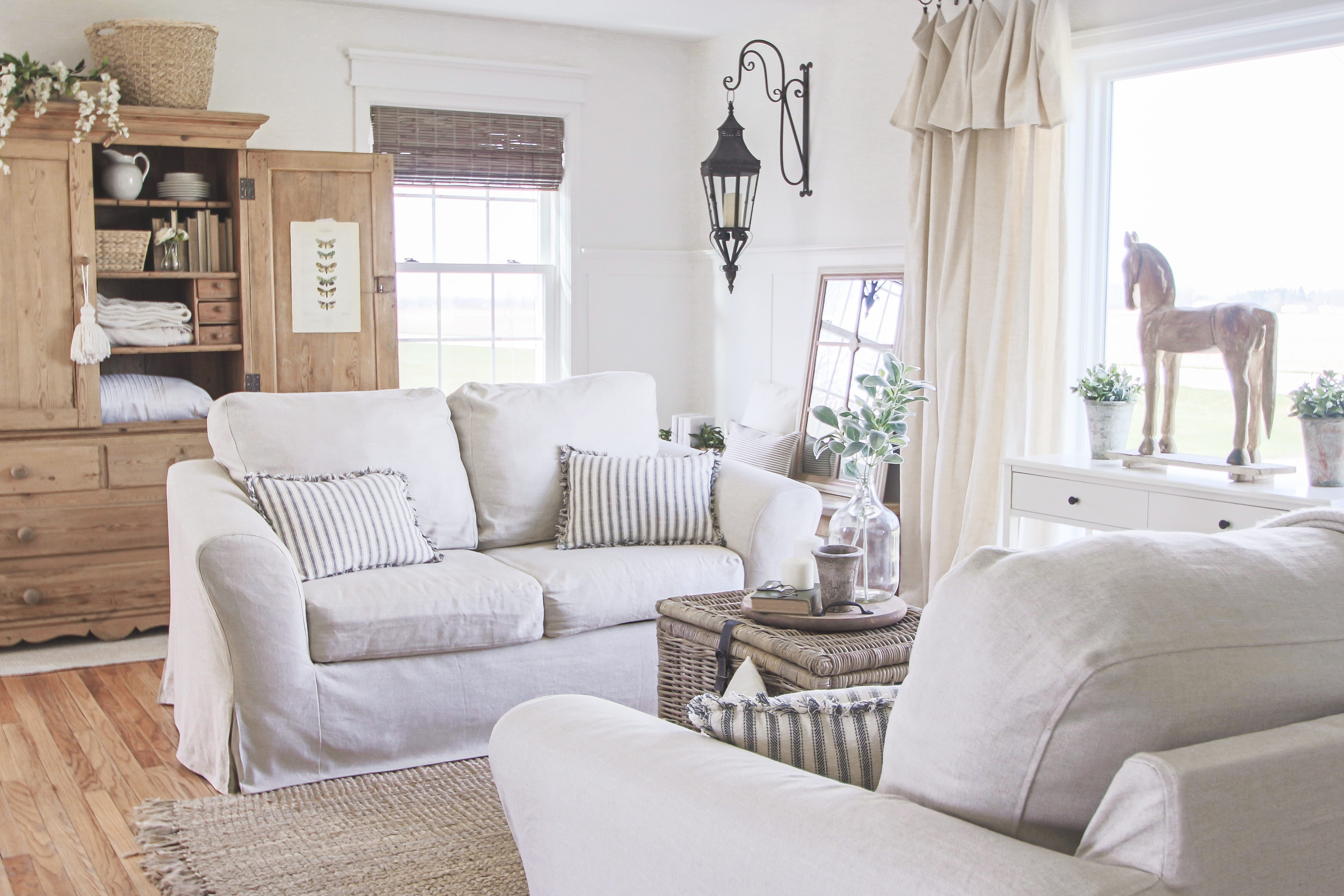 Slipcovers for Sofas with Attached Cushions – can it be done
