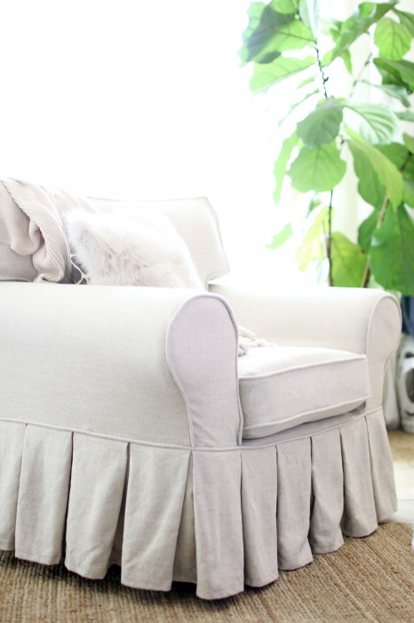 How To DIY Slipcovers / Sofa Covers For Cheap And Easy