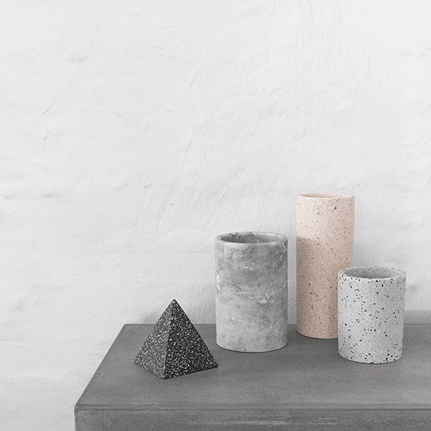 minimalist-foursixty