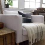 Karlstad armchair Gaia White