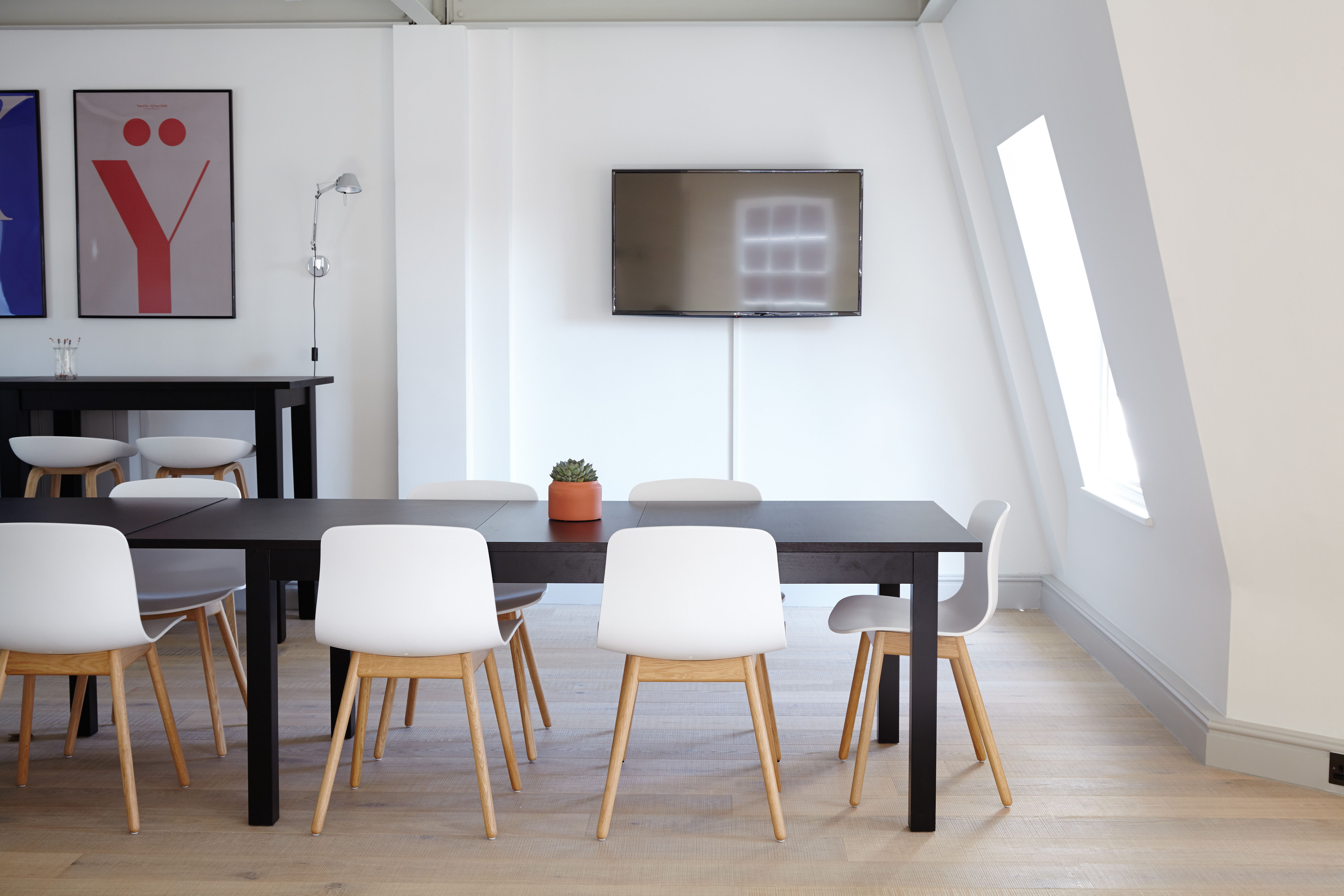 Clutter Free Space