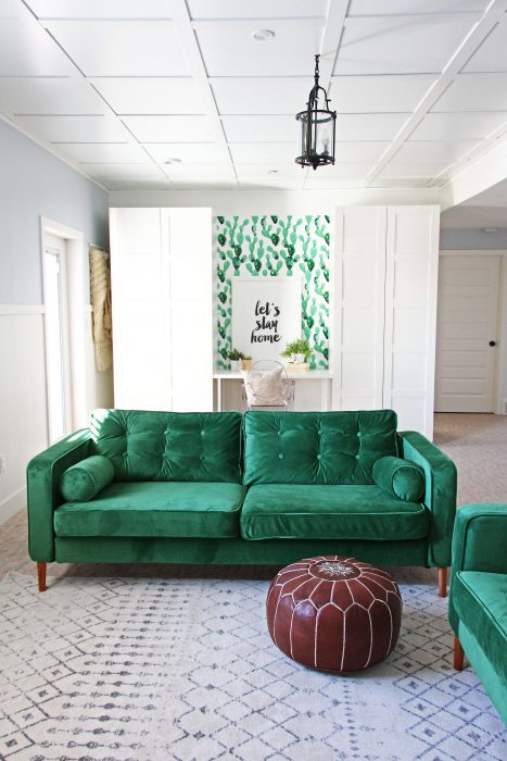 Exceptionnel ... Karlstad Sofa Covers In Rouge Emerald Fabric With Piping