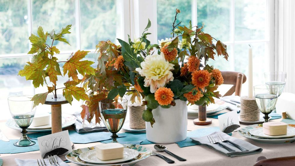 Use flowers on your Christmas and Thanksgiving dinner table.