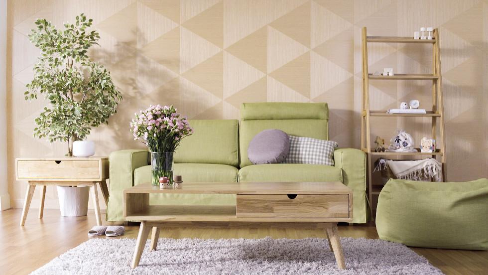 Green sofas: Monstrosity or avant garde?