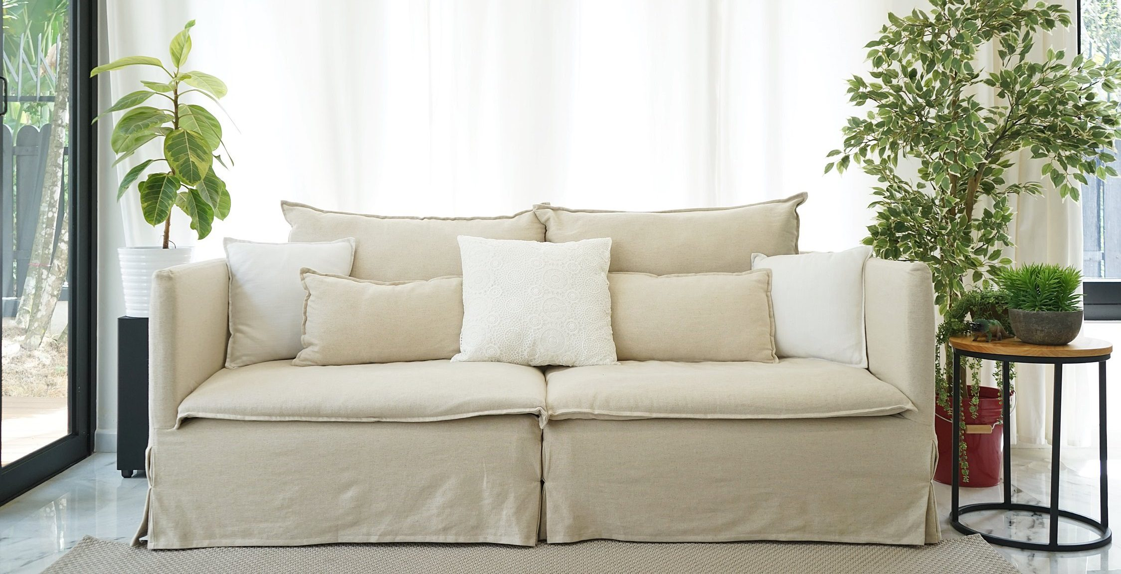 Top 10 Slipcovered Sofa Brands A