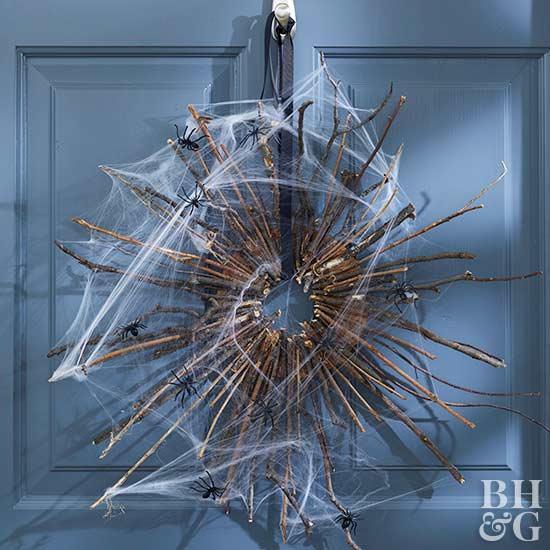 Halloween Decor Ideas - Halloween Twig Wreath