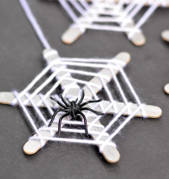 Halloween Decor Ideas - Popsicle Stick Spiderwebs