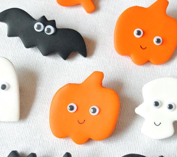 Halloween Decor Ideas - Halloween Hair Pins
