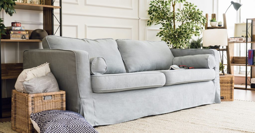 Can't Seem To Remove Pet Odours From Your Sofa? Here's How To Make Your Sofa Smell New Again.