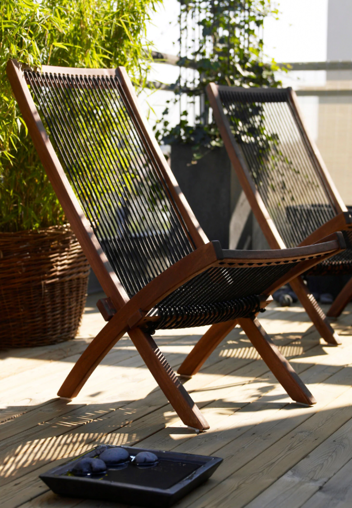 These Outdoor Finds From IKEA Make Any Backyard Look Truly Magical (BROMMÖ)