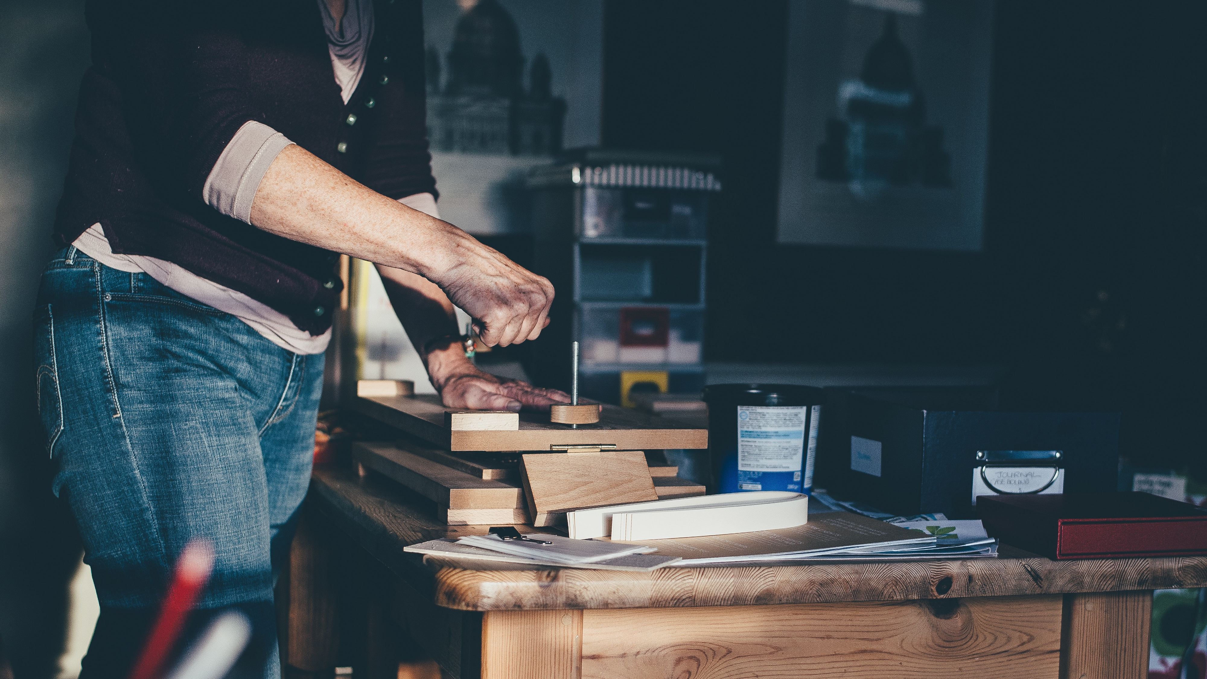 8 Geniale Möglichkeiten, alte Möbel wieder auf Vordermann zu bringen