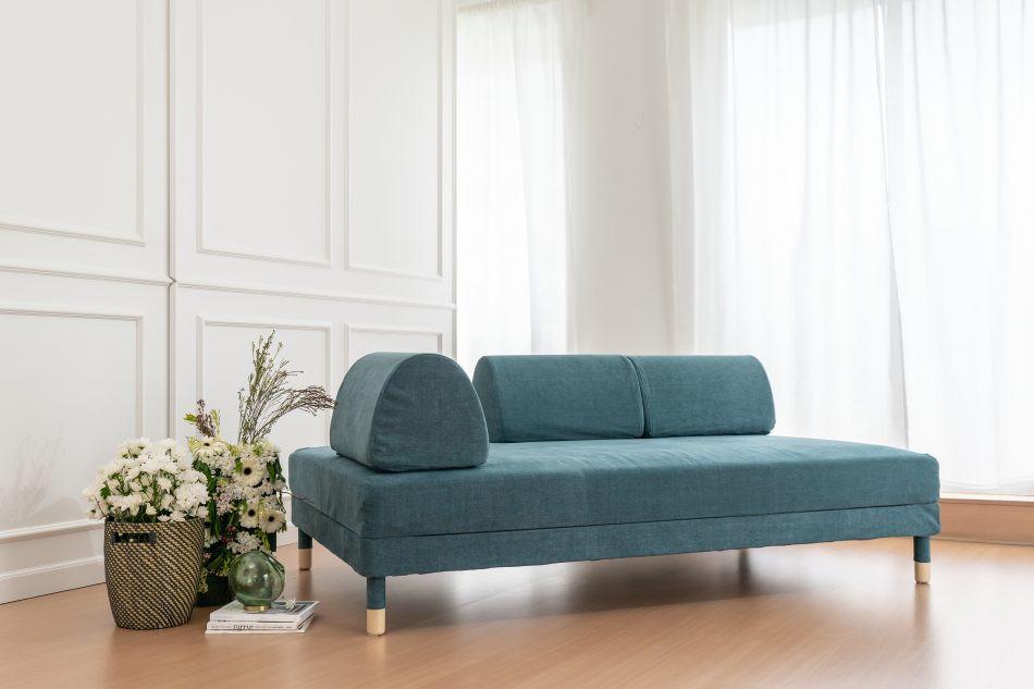 IKEAフロッテボーソファにコンフォートワークスで作ったソファカバーをかけました。生地は綿100%のMadison Teal。