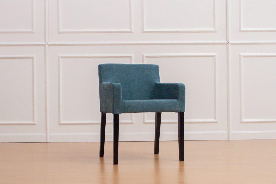 IKEAのニルスチェアにコンフォートワークスで作った椅子カバーをかけました。生地は綿100%のMadison Teal。