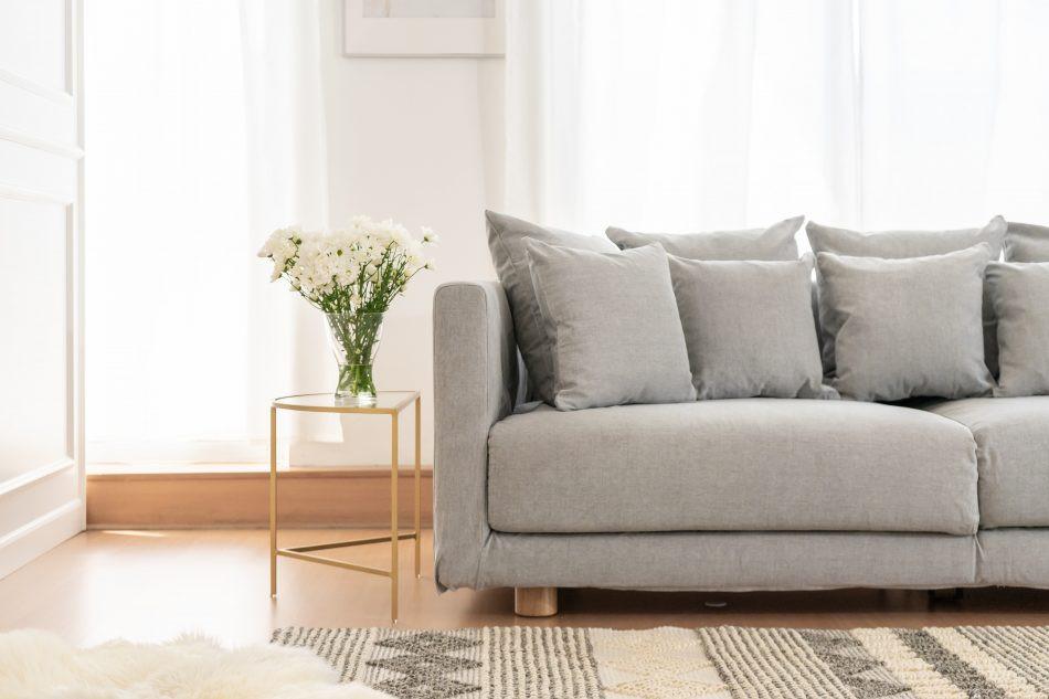 IKEAのストックホルムソファにコンフォートワークスが作ったソファカバーをかけました。生地は綿100%のMadison Ash。