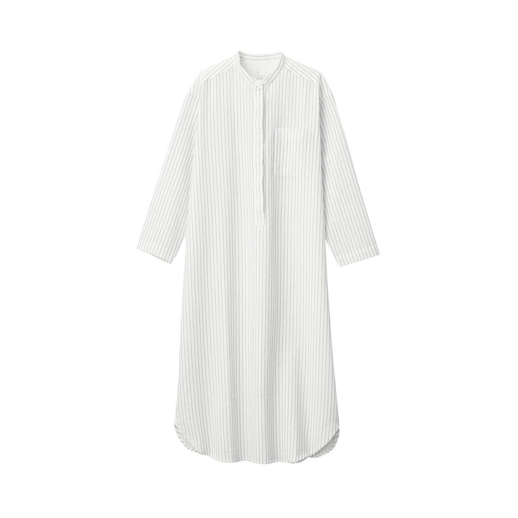おうち時間が増える今、ゆったりくつろげる無印良品のパジャマを母の日のプレゼントとして贈るのもいいですね。