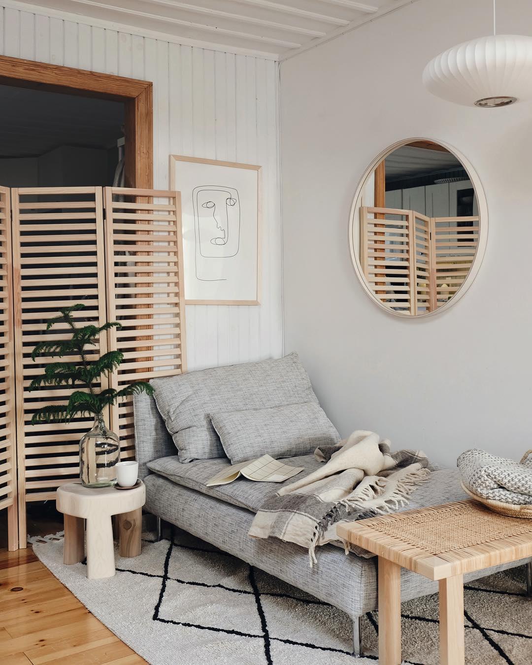 ミニマリストになるにはあえてソーデルハムンの寝椅子一択!ソファ兼ベッドで抜群の快適さを!