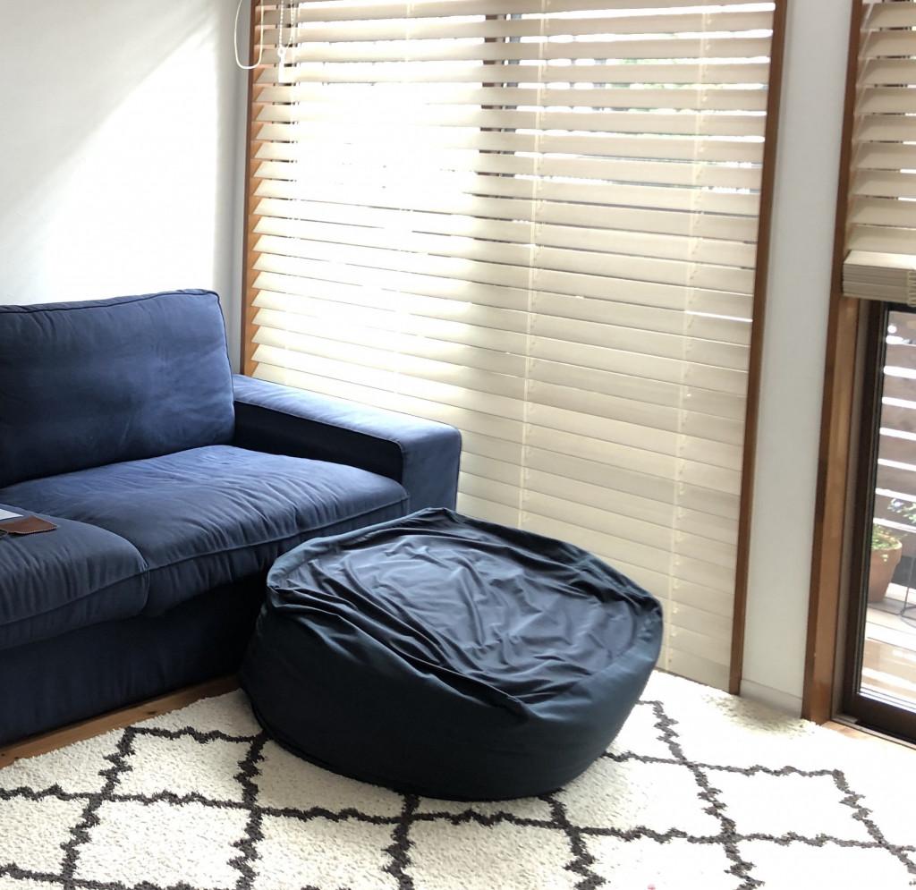 せっかくの「体にフィットするソファ」もへたってしまったら台無し。そんな時はソファカバーを変えましょう。