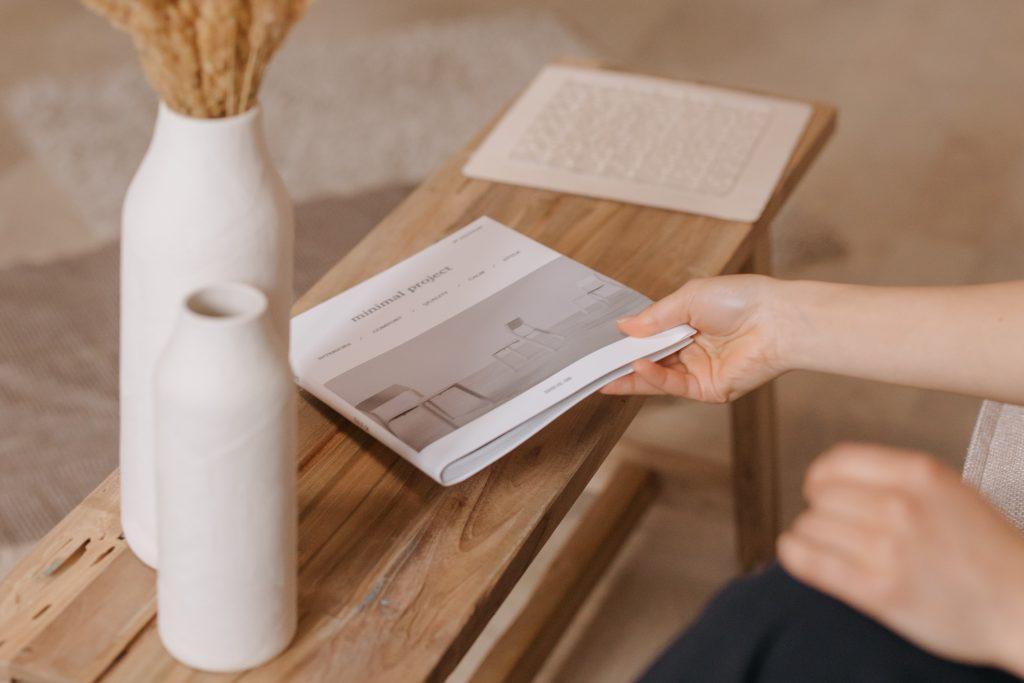 海外で大注目のジャパンディスタイルのポイントの一つは、天然素材の家具を選ぶこと。