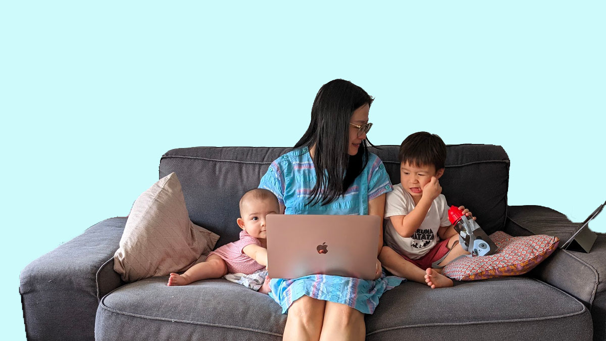 A day in the life: Content managing and working from home with kids