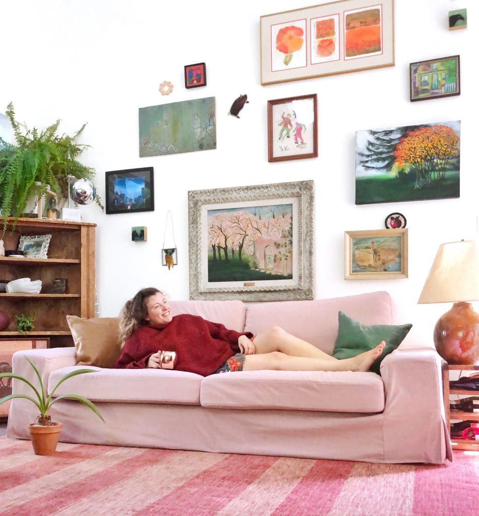 もはやデイベッド並みの寝心地を実現するIKEAのKivik/シーヴィクソファがすごい!